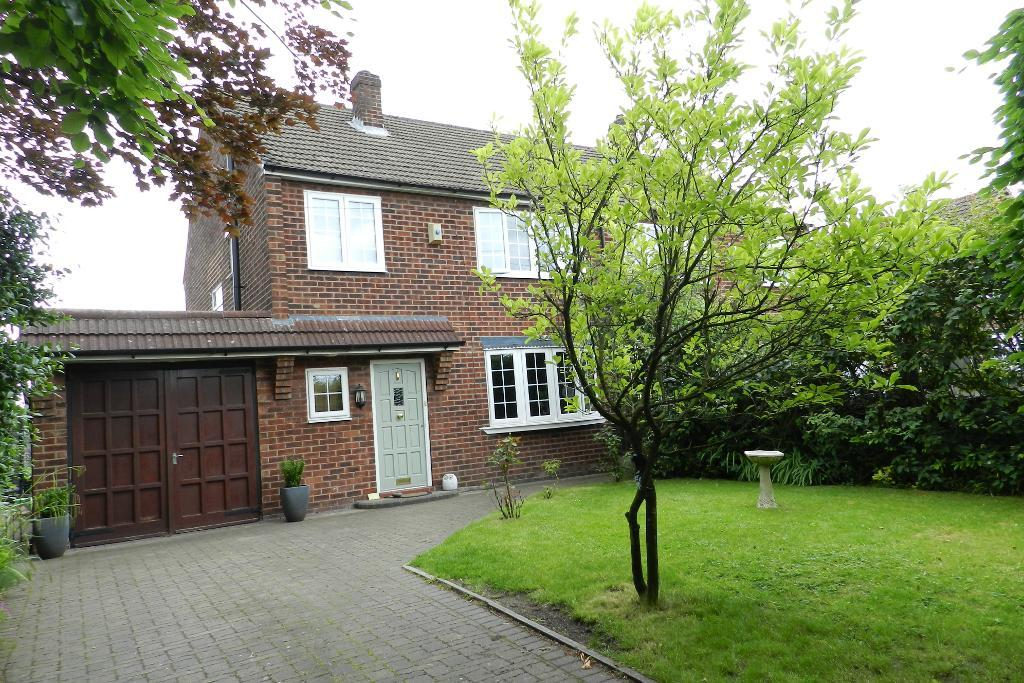 Lodge Drive, Culcheth, Warrington, WA3 4ES