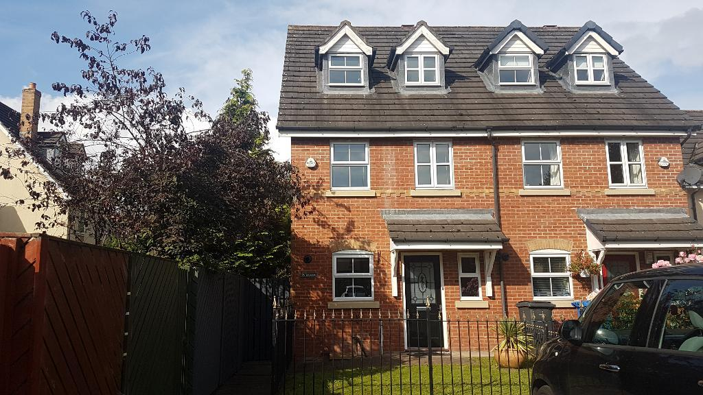 Millbrook Close, Glazebury, Warrington, Cheshire, WA3 5LT