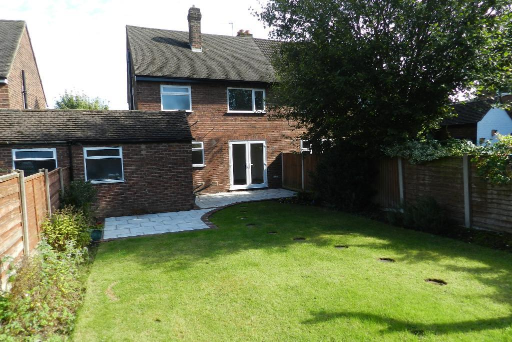 Kaye Ave, Culcheth, Warrington, WA3 5SA